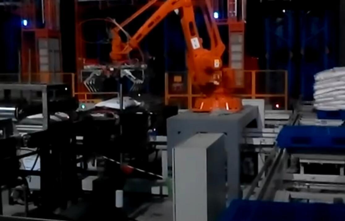 朗科机器人寻位
